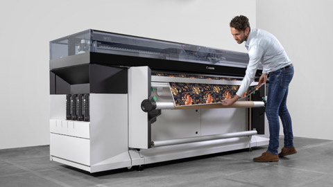 Image of the new Colorado 1650 Roll-to-Roll, Wide Format Printer